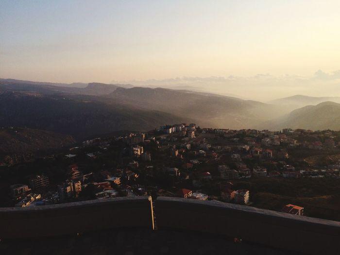 Tuile Libanaise Vue Été