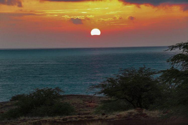 LAST LIGHT   HAPUNA SUNSET Nature Landscape Outdoors Mountain No People Love Ocean View Sun Sunset Sunlight Sunset_collection Hawaii hawaii Science
