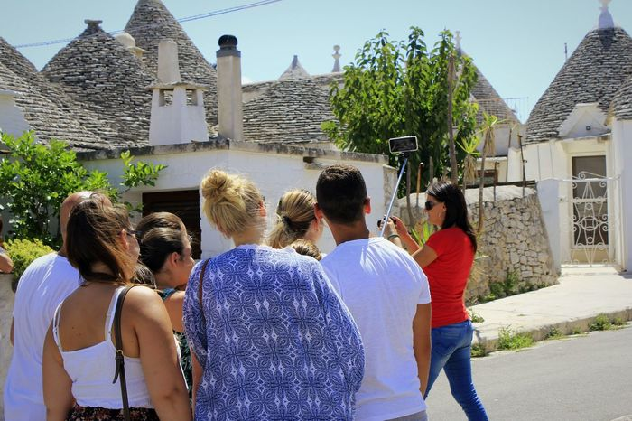 Feel The Journey Trulli Puglia Canon60d Sunny Day Journey Italy Walking People Selfie Randomshot They Dont Know Salento