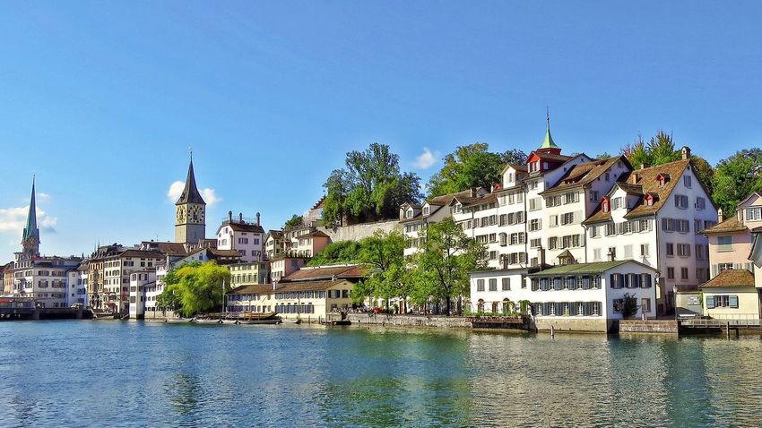 An der Limmat Architecture Building Exterior City Clear Sky Limmat Limmatquai Outdoors River Sky Travel Destinations Water Zürich