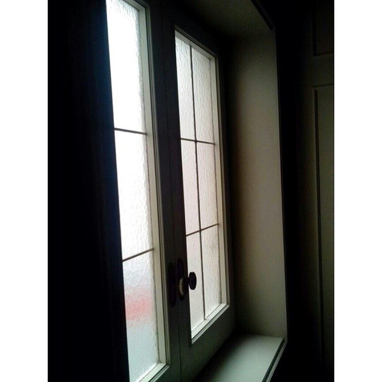 window, indoors, door, home interior, day, no people, domestic room, architecture