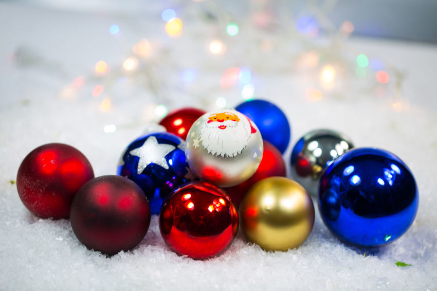 Art And Craft Ball Celebration Christmas Christmas Decoration Christmas Ornament Close-up Cold Temperature Decoration Holiday Indoors  Multi Colored No People Selective Focus Shiny Snow Sphere Still Life Temptation Winter