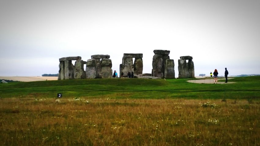 Sneaking around to see the stones. Stonehenge The Back Entrance English Heritage Prehistoric Monument Neolithic Great Atmosphere Enjoying The View Architecture Architecture_collection EyeEmBestPics