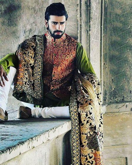 Kamranahmed Royals King Style Stubble Beard Eyes Expressions Follow4follow Handsome Highlife Classy Fashionista Handmade Handsomeboy Me Akaash Gorgeousboy Kamran
