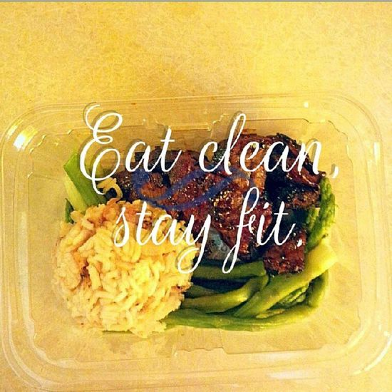 "Meal prepping has to be one of my favorite things to do! There is nothing more rewarding than knowing that you are prepared for a busy day ahead of you. All goals are attainable! Stop ""trying"" and start doing. LovingLife Optimum Icancook Hobby cleaneating trainharderthanme motivated fitnessfreak"