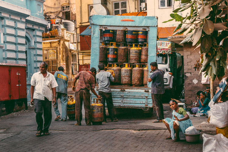 from india. shots clicked while on video mode on 5d3 Colors Daytime India Life Mumbai Mumbai, India Color Colorful Daily Life Grunge Human Condition Slum Street Streetphotography