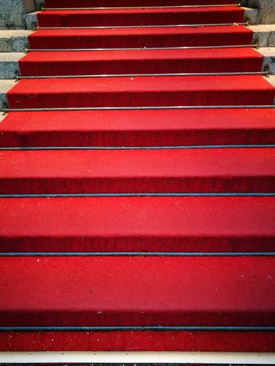 Kurhaus Wiesbaden VIP V.I.P. Red No People Treppe Eingang Portal Stairs Roter Teppich Red Carpet Evening Abend Theaterabend Theater Anlaß Event Wiesbaden Hessen Kurhaus Bowling Green Red Carpet Red Color Important Step Steps