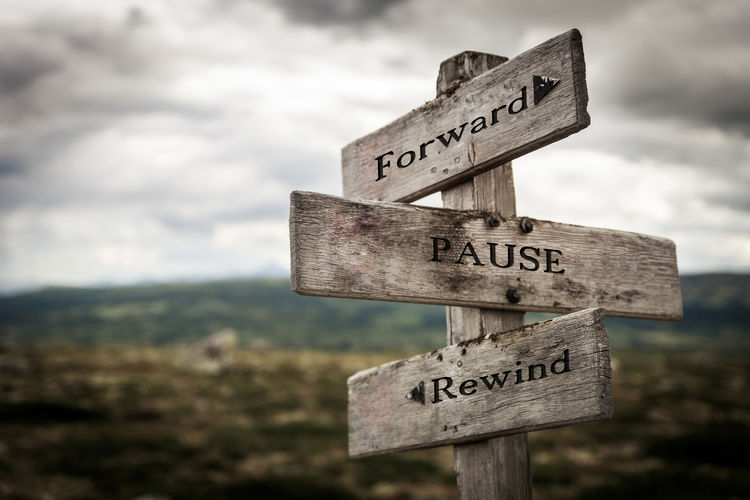 Forward, pause,