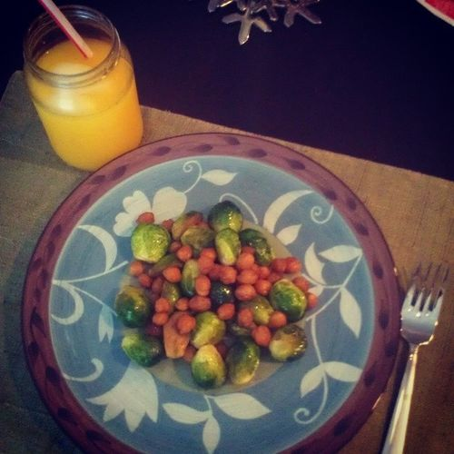 day 8, Nomeat Lent Brusselsprouts with spiced Chickpeas