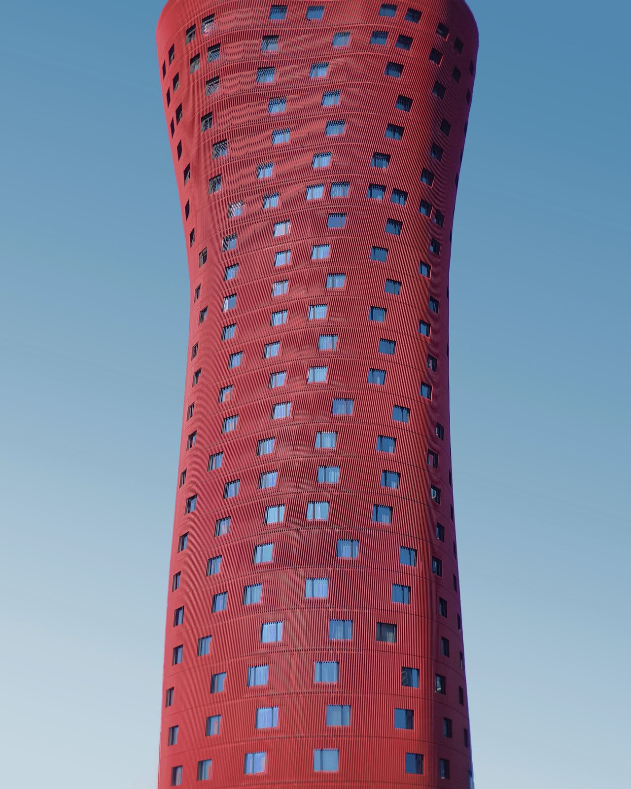 built structure, low angle view, architecture, sky, building exterior