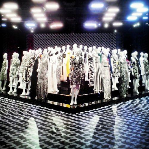 Fashion Army DVF Lacma Manequinarmy Fashion journeyofadress @bloodrose515