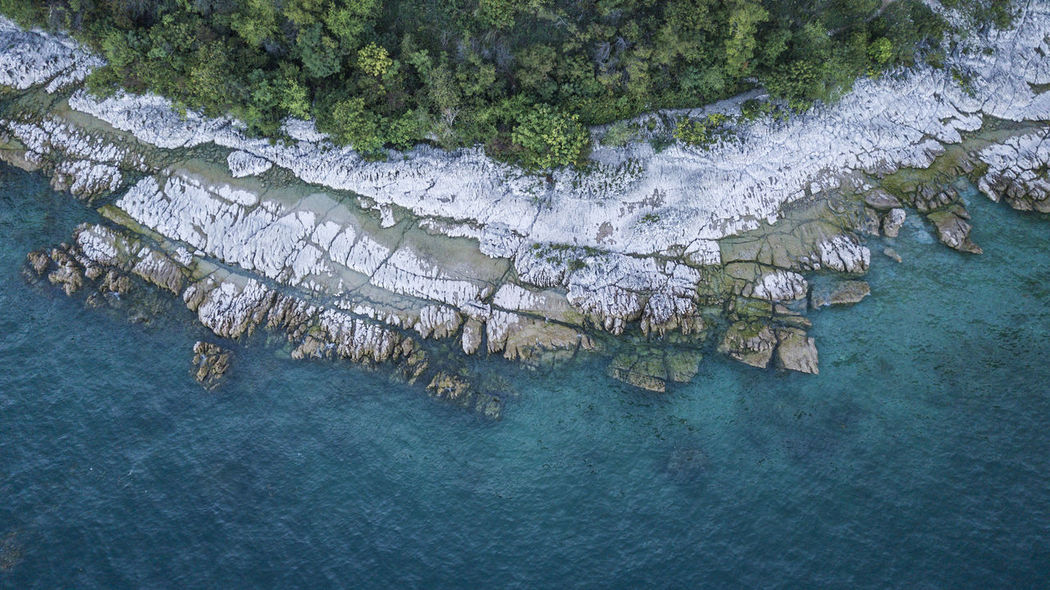 Perspectives On Nature Water Outdoors Waterscape Beauty Scenics Travel Destinations Waterfront Aerial Photography Lake Iseo Lake Landscape_photography Beauty In Nature Garda Garda Lake Italy Italia Drone  Dronephotography Droneoftheday Mavic Pro Dji Nature Drone Photography Droneart