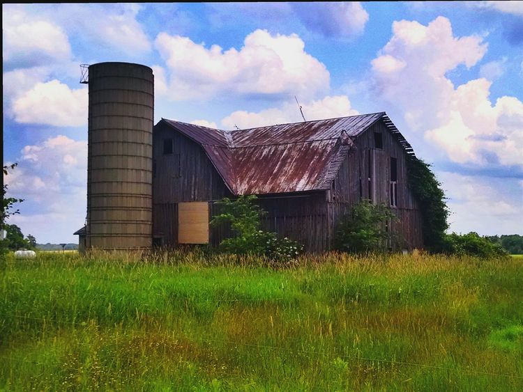 Nature On Your Doorstep Eyeem Michigan Country Life Farm Life My Running View Old Barns