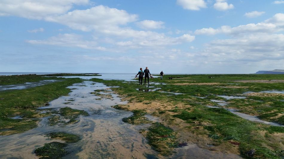 Redcar Beach Lovers Holding Hands Tide Out September Sun Scenics Nature Photography This Is Queer