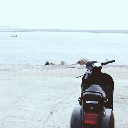""" Sit and enjoy"" Vscovisuals Vsco_allshots Vscogramer Vscocamphotos vscoaward vscoportugal vsco VSCO vscocam vsco_pt vscoworld vsco_portugal vscogram ig_europe igers_portugal igersopo ig_worldclub ig_portugal igersportugal p3top portugaldenorteasul portugal_em_fotos snappeak sea sky motorcycle afterlight arteemfoco"