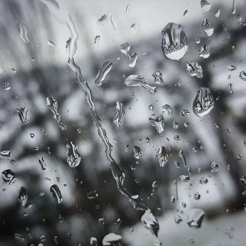 Kherson Ukraine Monochrome Raindrops on the Window ... хочувесну ...хочувлето ... Хочутепла , а за окном опять Дождь и снег