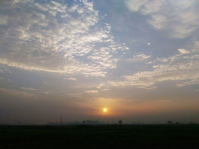 Sun Rise Sunset Nature Sky Brijesh Photography Clou Noonearound Blank Sun Cloud - Sky Beauty In Nature Field Landscape Scenics No People Outdoors Day