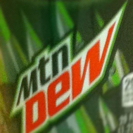 Day 11: Addiction! Mountain Dew!! ❤? Dayeleven Decemberchallenge Mountaindew