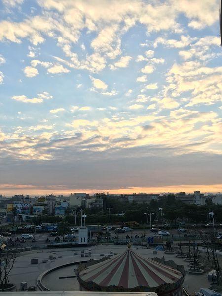 高雄 臺灣 Kaohsiung Taiwan 草衙 雲 天空 Sky 工程 大魯閣草衙道 工地 傍晚 Afternoon