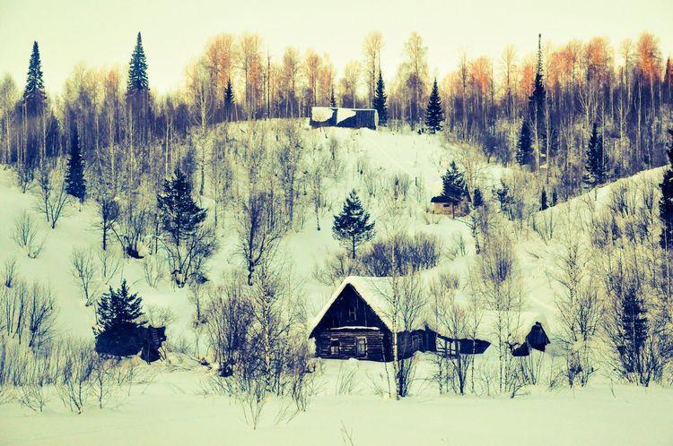 Wintertime Village Snow ❄ Bright