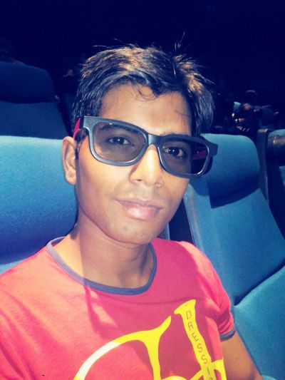 today was fast and furious -7 day i just love it movie and everyone work but sad thing i miss paul even more cos this last movie of him work ( sad ) FastAndFurious7 Delhi Movie Time Hanging Out Fun Times Sexy Boy Watching A 3D Movie EyeEm Best Edits Best Movie Ever Miss You Paul