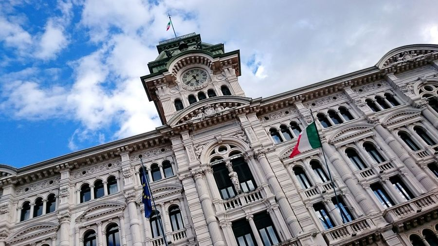 Trieste Triest Italia Italy Italien Architecture Amazing Architecture Battle Of The Cities Adapted To The City Been There.
