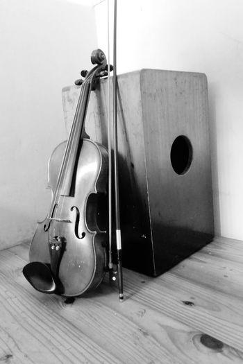 Practicedaily violin 🎶🎻 First Eyeem Photo
