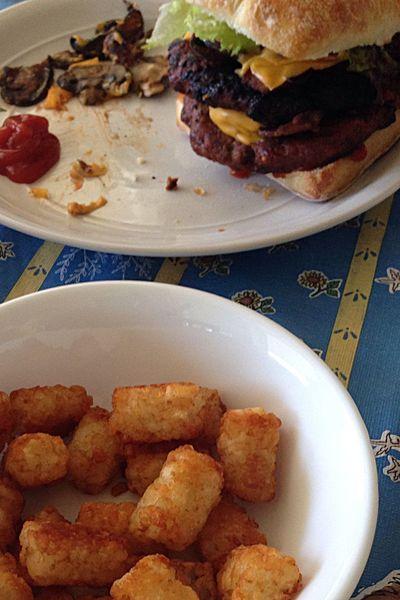 All My Photos Taken With IPhone5 Food Foodphotography Foodie Foodgasm Foodpics Hamburger