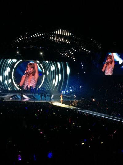 Taylor Swift 1989worldtour shanghai!!!!! It was Amazing show!!! Love It Miss