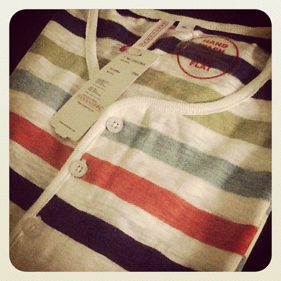 New T -shirt Vneck Penshoppe