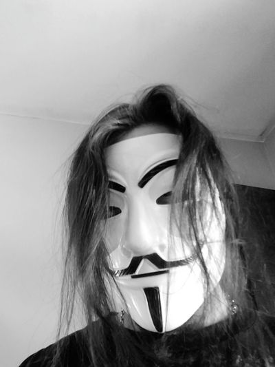 Majestic Majic Black And White Anonymous Secretive Hidden Searching Disguise Arts Culture And Entertainment Headshot Portrait Beauty Human Face Close-up Mask - Disguise