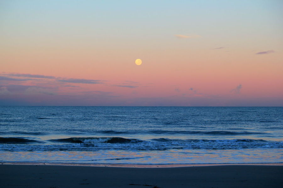 No People Sea Beach Water Horizon Over Water Beauty In Nature Cloud - Sky Tranquil Scene South Australia Moonset At Sunrise
