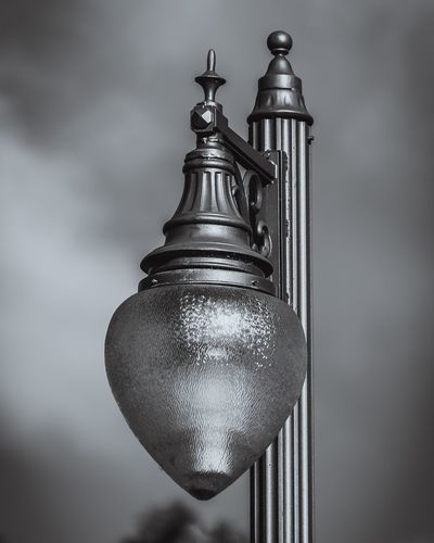 Beautiful Street Lamp Mirasol Lamp Light Blackandwhite Black And White Black & White Bw MonochromePhotography Black-and-white Monochrome Lighting Lightfixture StillLifePhotography Architecture Streetlight Sconce Metal Exteriordesign Florida Thepalmbeaches Photography Focus Close-up