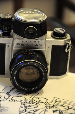 Analogica Analogue Photography Camera Cat Composition Directly Above Fotografia Old-fashioned Pentax Photo Photography Themes Still Still Life Technology