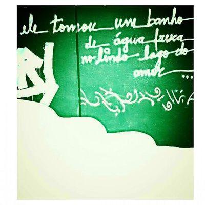 amo essa canção do Gonzaguinha 🎤🎶 Artenarua Nosmurrosdesp Nasruasdesp Cores Letra Poesia Canção Cultura Arte Umavoz Saopaulo SP Graffitt Narua Tavapassando MPB Escadarianovedejulho Portrasdomasp Sampa Essepê Musicaboa Gonzaguinha