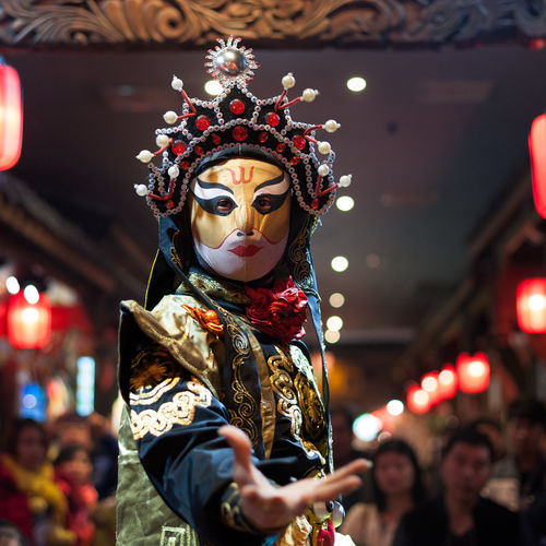 Sichuan opera SICHUAN Opera Sichuan Opera Face Arts Culture And Entertainment Carnival - Celebration Event Celebration Costume Disguise Event Festival Focus On Foreground Headwear Illuminated Incidental People Leisure Activity Lifestyles Mask Mask - Disguise People Real People Traditional Clothing Women