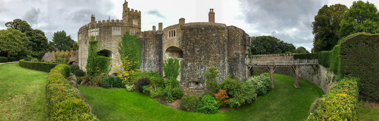 Walmer Castle & Gardens Ancient Architecture Built Structure Cloud - Sky Day Grass History IPhone 7 Plus Nature No People Old Ruin Outdoors Panoramic Sky The Past Tree