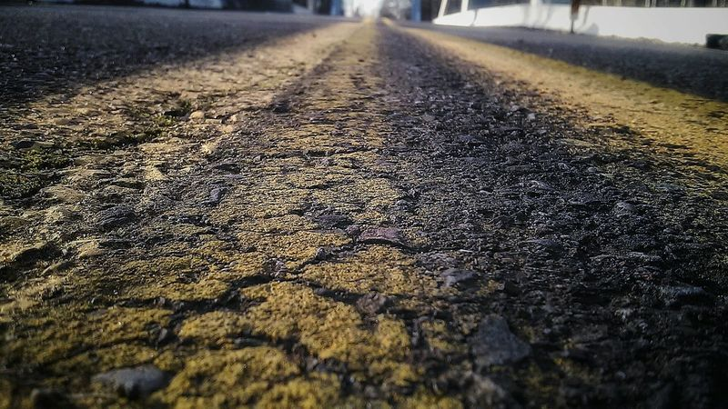 Black Diamond Washington State Yellowbrickroad Street Black&Yellow Pattern Pieces Vivid Captivating Background Detail Close-up Texture The Color Of Sport