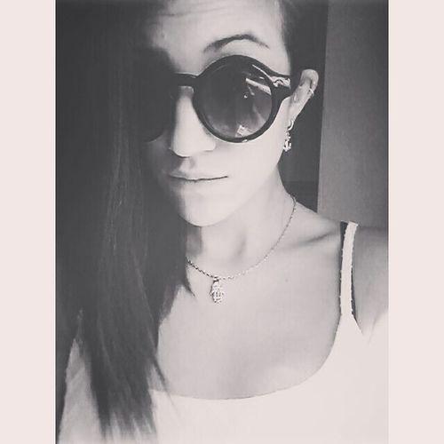 In questo mondo di numeri devi essere il numero uno.!! Buongiornomondo Facciedasabato NumberOne Forever Sunglasses Summer Sun Ciaone Cool Morning Wakeup Photooftheday Weekend Theend GoingOut Eandiamo Vamossss Selfie