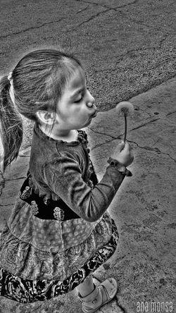 Ayelén Edition Photography Family Black & White