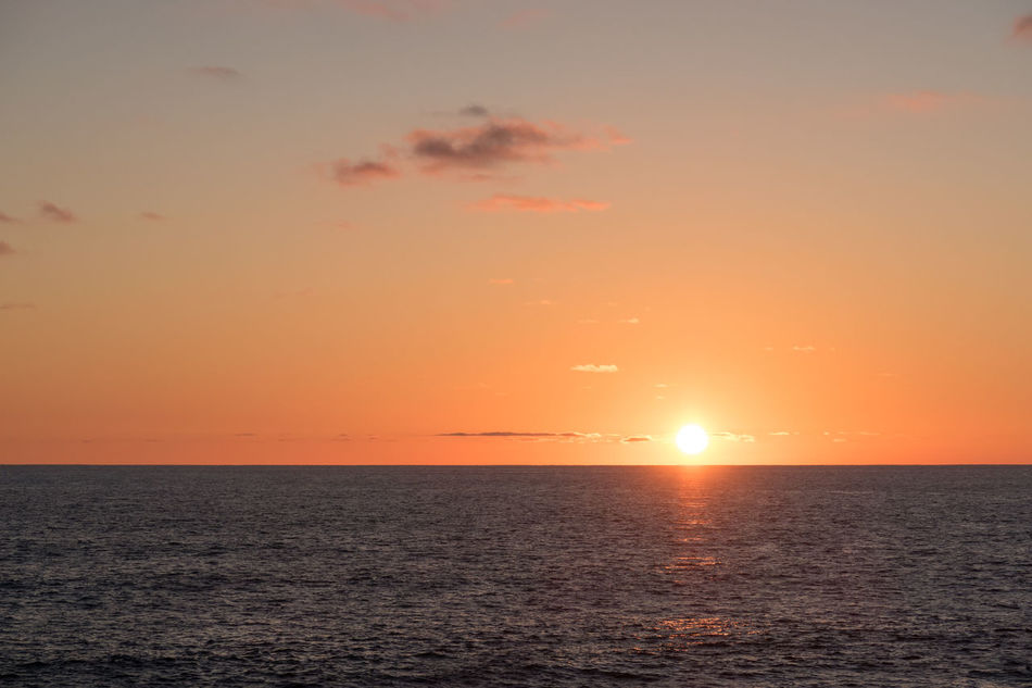 Beauty In Nature Horizon Over Water Idyllic Nature No People Ocean Ocean View Ocean Views Orange Color Pacific Rippled Scenics Sea Seascape Sky Stille Oceaan Sun Sunset Sunsetting Sunsetting On Water The Pacific The Pacific Ocean Tranquil Scene Tranquility Waterfront