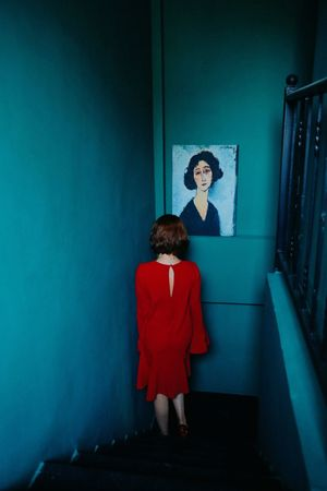 Painting Goingdownthestairs Stairs Wall Woman Melancholy Feminine  Reddress Sexygirl Colors
