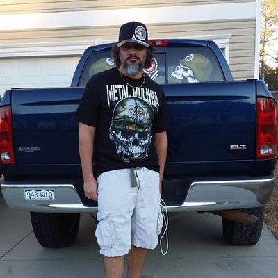 Rocking that new realtree metal mulisha gear @metalmulisha Metalmulisha WestCoast Belizean Goodvibes longhairdontcare beardclique