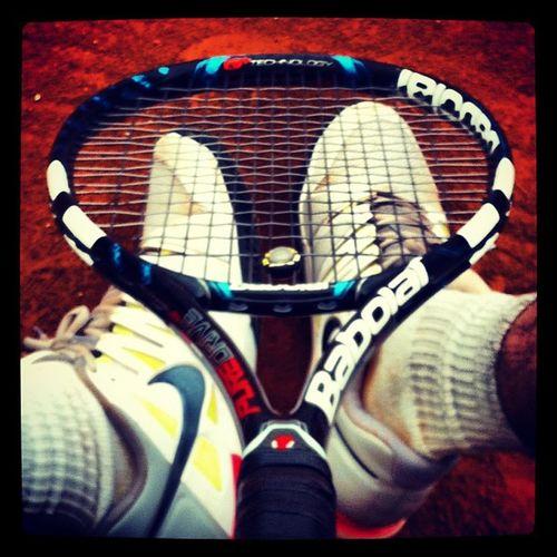 Tennis Terrabattuta Tennisrunsinourblood Babolat redcourt court raquet tennisraquet passion ilovetennis loveofmylife