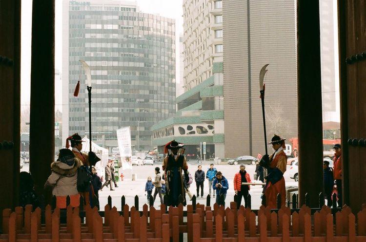 Deoksu Palace Taking Photos Hi! Hello World Guardsman Film Photography Filmcamera Kodak Color Plus200 NIKON FE2 35mm Film 35mm Camera