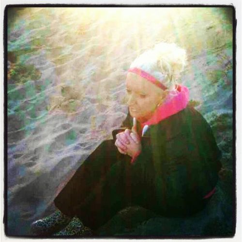 Sunshine RainyDay Soalsearch Thinking barbiegirlpinkhairup