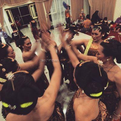 """""""HOKYAAA!!"""" Oyikk Worlddanceday Solovely Instadaily indonesia"""