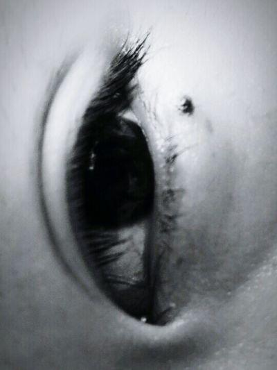你的眼睛是我世界里最明亮的星星⭐ First Eyeem Photo