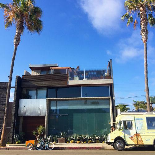 Abbot Kinney Bike Building City Day Icecream Palm Trees Retro Shopping Summer Venice