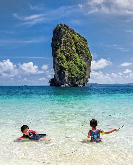 Sea Beach Vacations Beauty In Nature Travel Destinations Scenics Child Cliff Clouds Krabi Thailand Thailandtravel Travel Photography Getty Images EyeEmBestPics EyeEm Gallery EyeEm Best Shots EyeEm Best Edits EyeEm Masterclass Nature Nature_collection Landscape Landscape_Collection Landscape_photography Tranquility